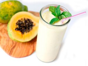Smoothie-de-papaya-menta-y-jengibre